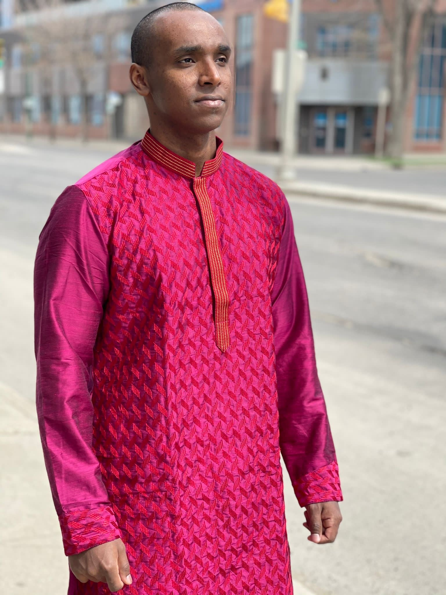Magenta shaded embroidered silk Chinese collar kurta pajama
