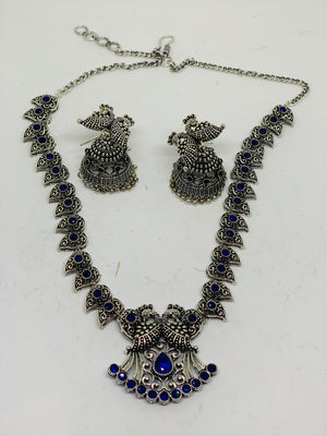 Oxidized silver with blue stone studded necklace set
