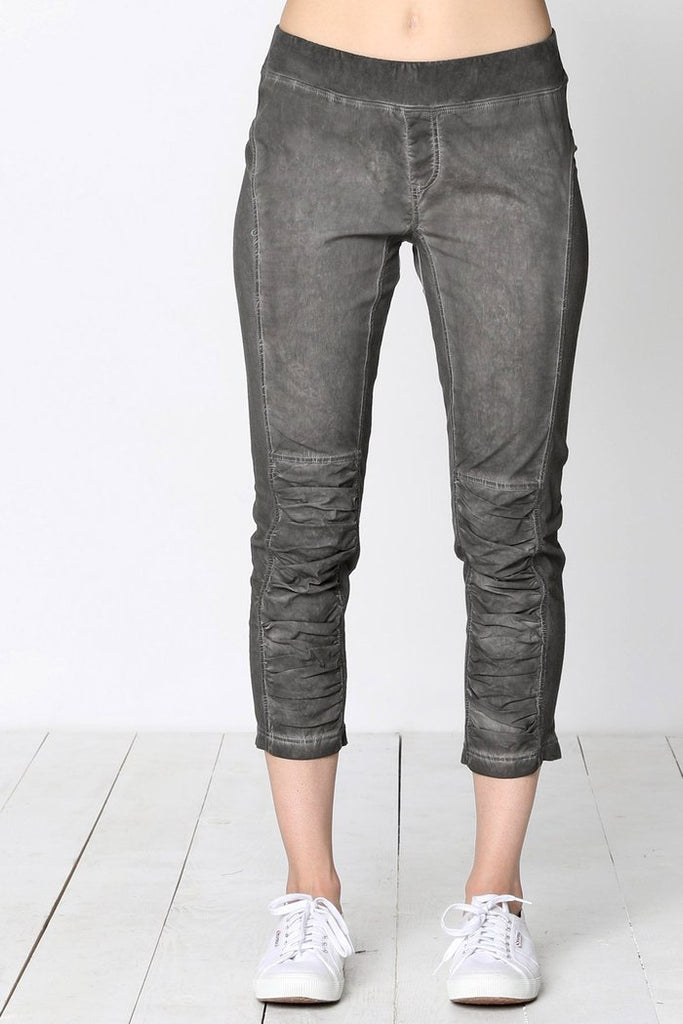 Jet-Setter Ruched Crop Pants