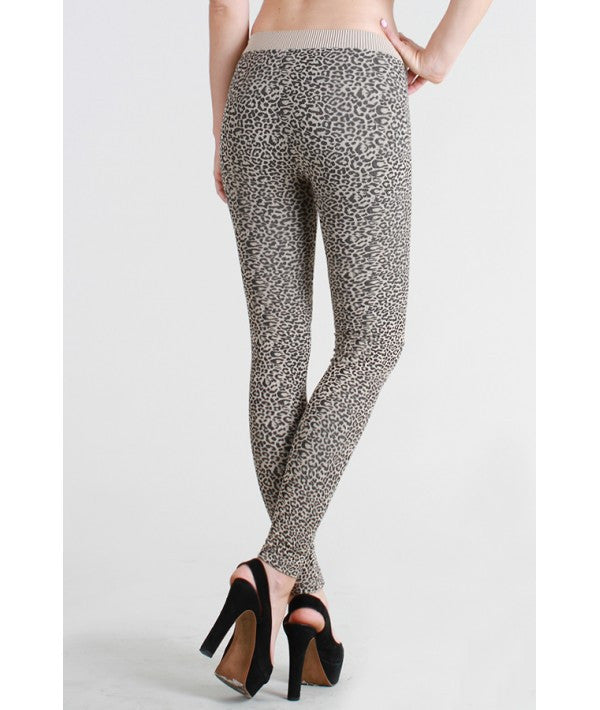 NikiBiki Cheetah Print Leggings