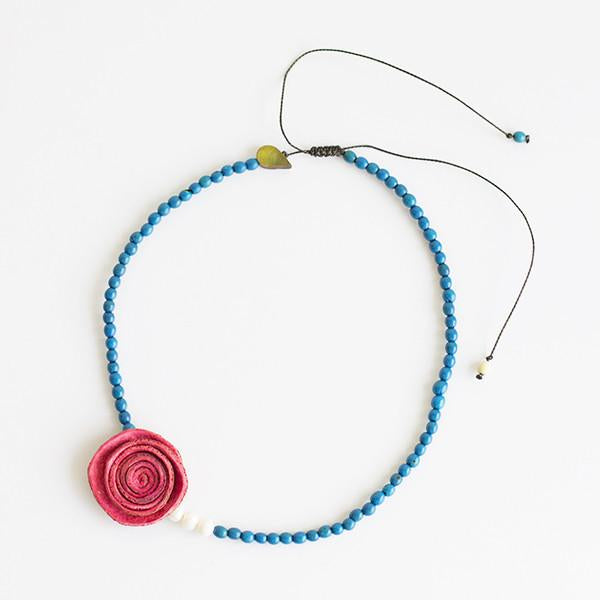 Rose Perlas Necklace