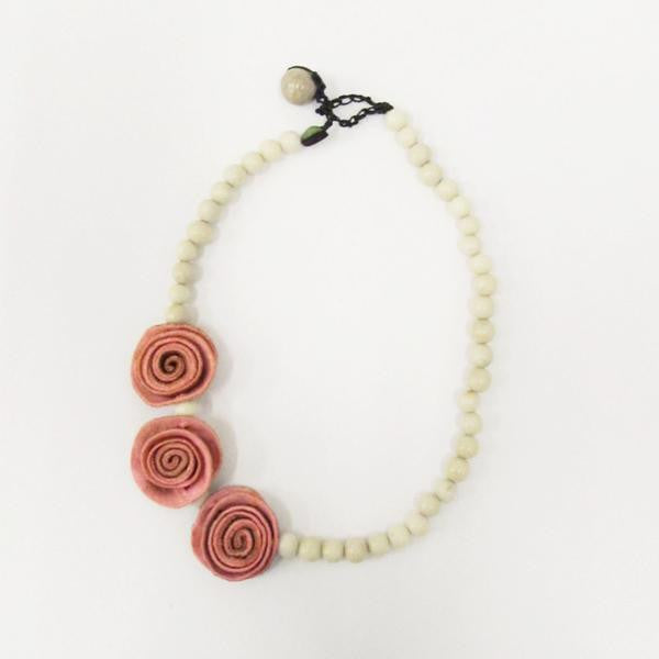 3 Rose Princess Necklace