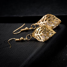 Load image into Gallery viewer, Enchanted Leaves Gold Earrings