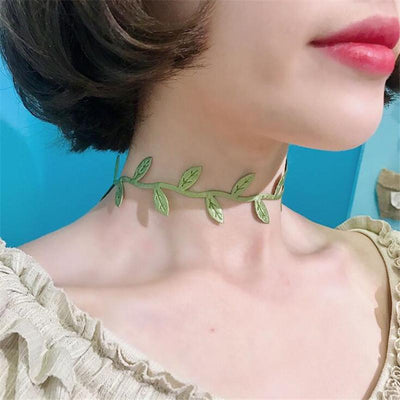 Necklace - Green Leaves Choker Necklace