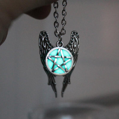 Necklace - Magical Glow In The Dark Pentagram Necklace