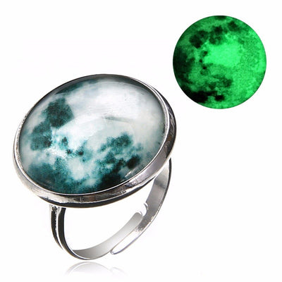 Ring - Magical Glow In The Dark Moon Ring