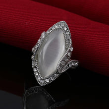 Load image into Gallery viewer, Ring - Retro Style White Moonstone Ring