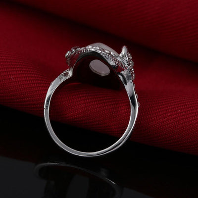 Ring - Retro Style White Moonstone Ring