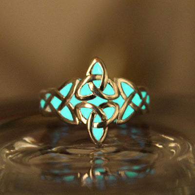 Ring - The Celtic Knot Glow In The Dark Ring
