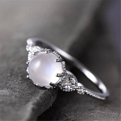 Ring - Vintage Style Monarchy Moonstone Ring