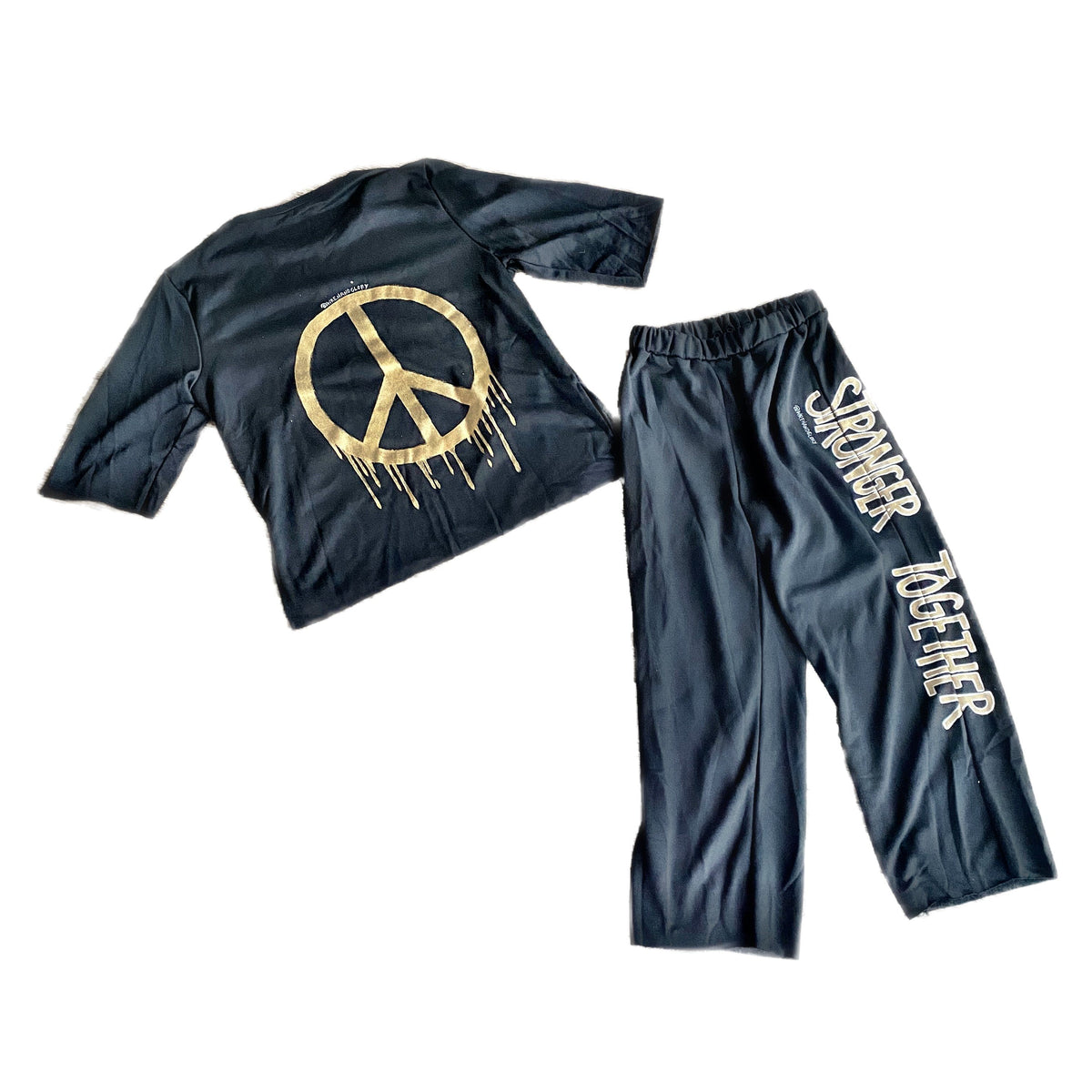 'TOGETHER FOR PEACE' SWEAT SET