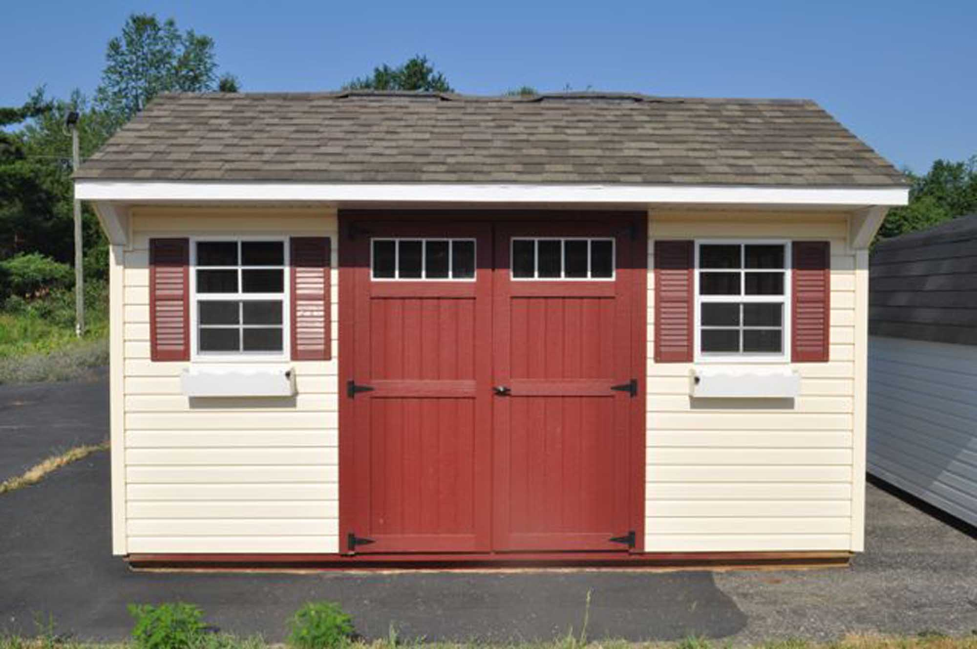 Carriage House - Vinyl w/ Deluxe Pkg