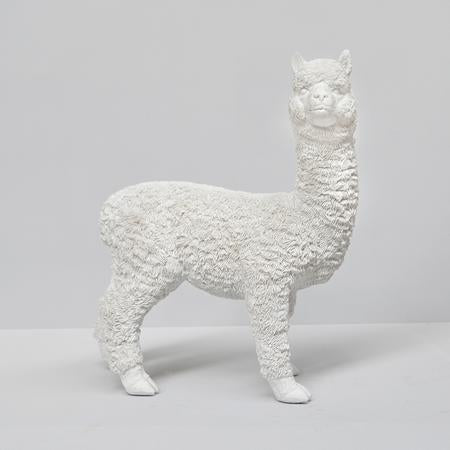 White Moose Alpaca