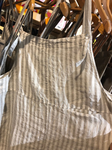 The Shanty Co Salamanca pinafore