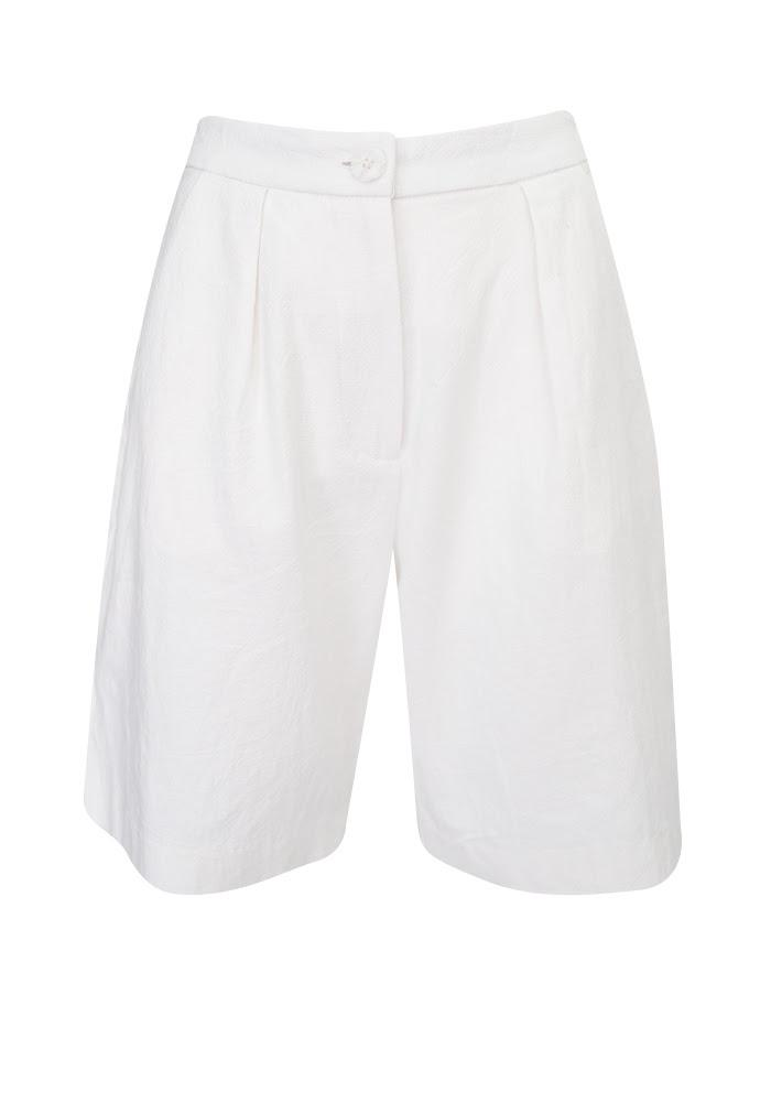 White Closet White Short Pants - Global Free Style