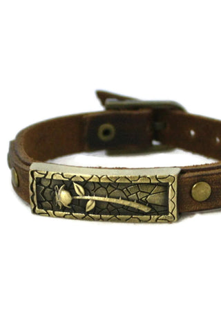 Studded Rose Leather Essential Oil Bracelet- Unisex Men/Women-Diffuser Bracelet-Destination Oils