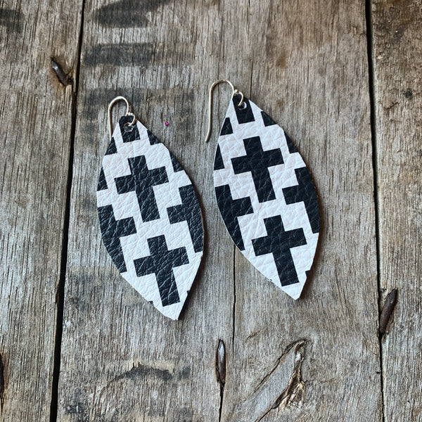 LARA EARRINGS - BLACK & WHITE CROSSES