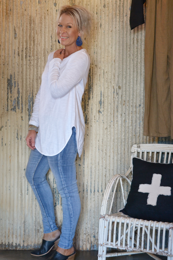 SCARLETT LONG SLEEVED TEE - WHITE