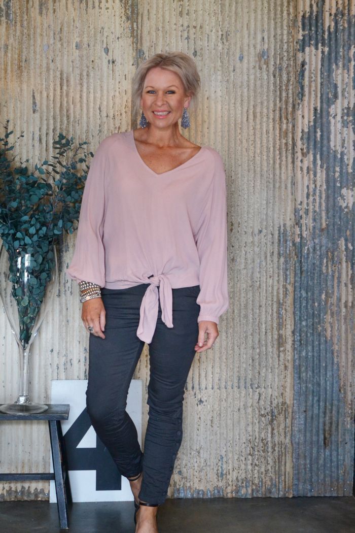 TIE FRONT TOP - BLUSH