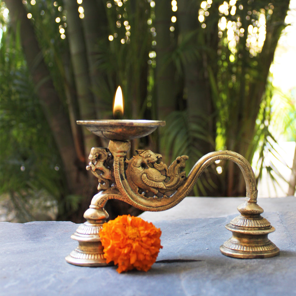 Vintage Brass Dhoop Aarti | Prayer Lamp With The Mythical Yali - L 16 cm x Ht 10 cm