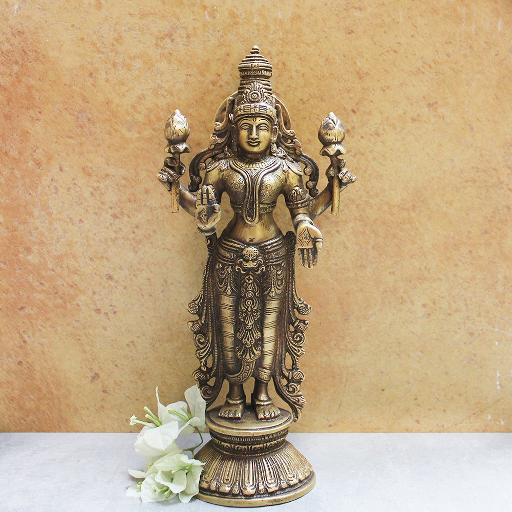 Majestic Brass Sculpture of Lakshmi - Goddess Of Wealth & Prosperity.  Ht 32 cm x Width 15 cm