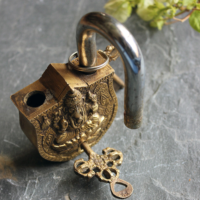 Brass Padlock With Lord Ganesh Engraving & Handcrafted Keys - 12 cm x 6.5 cm - theindianweave