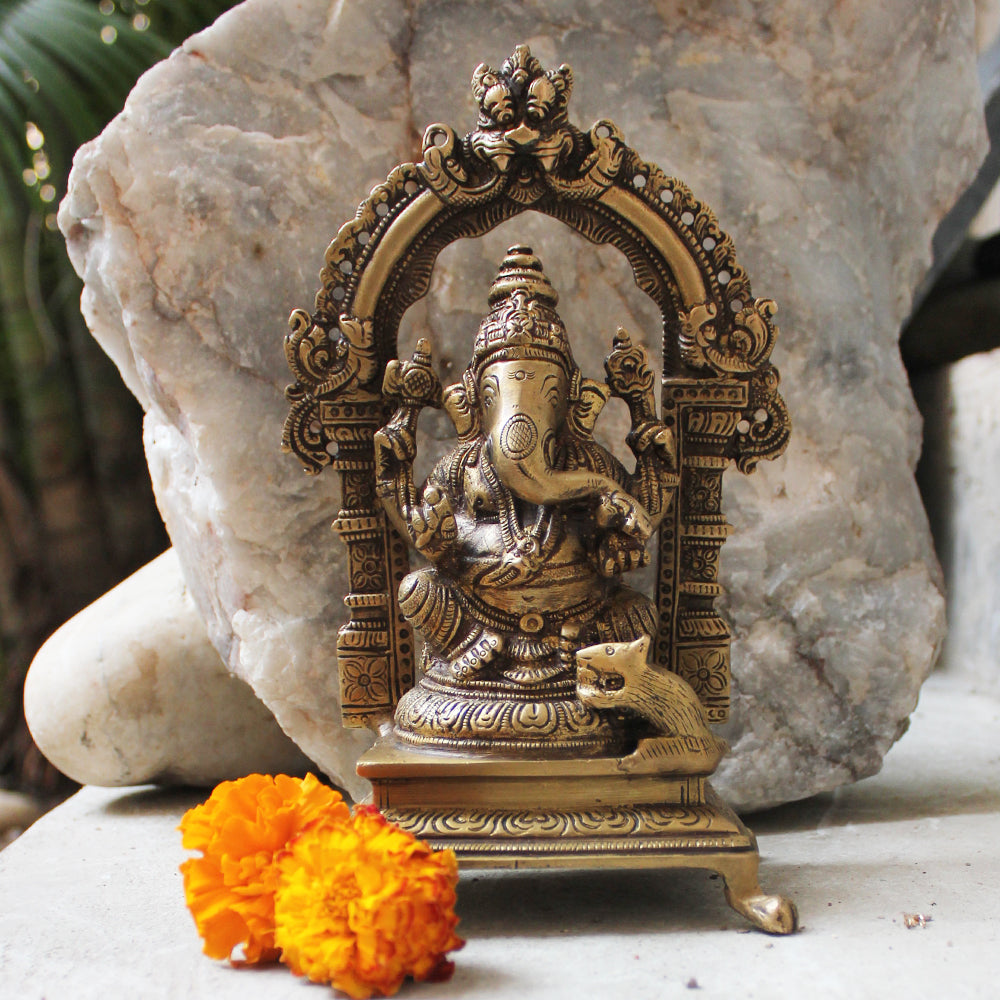 Vintage Brass Sculpture of Lord Ganesha On His Singhasan. H 20 cm x W 13 cm x D7 cm