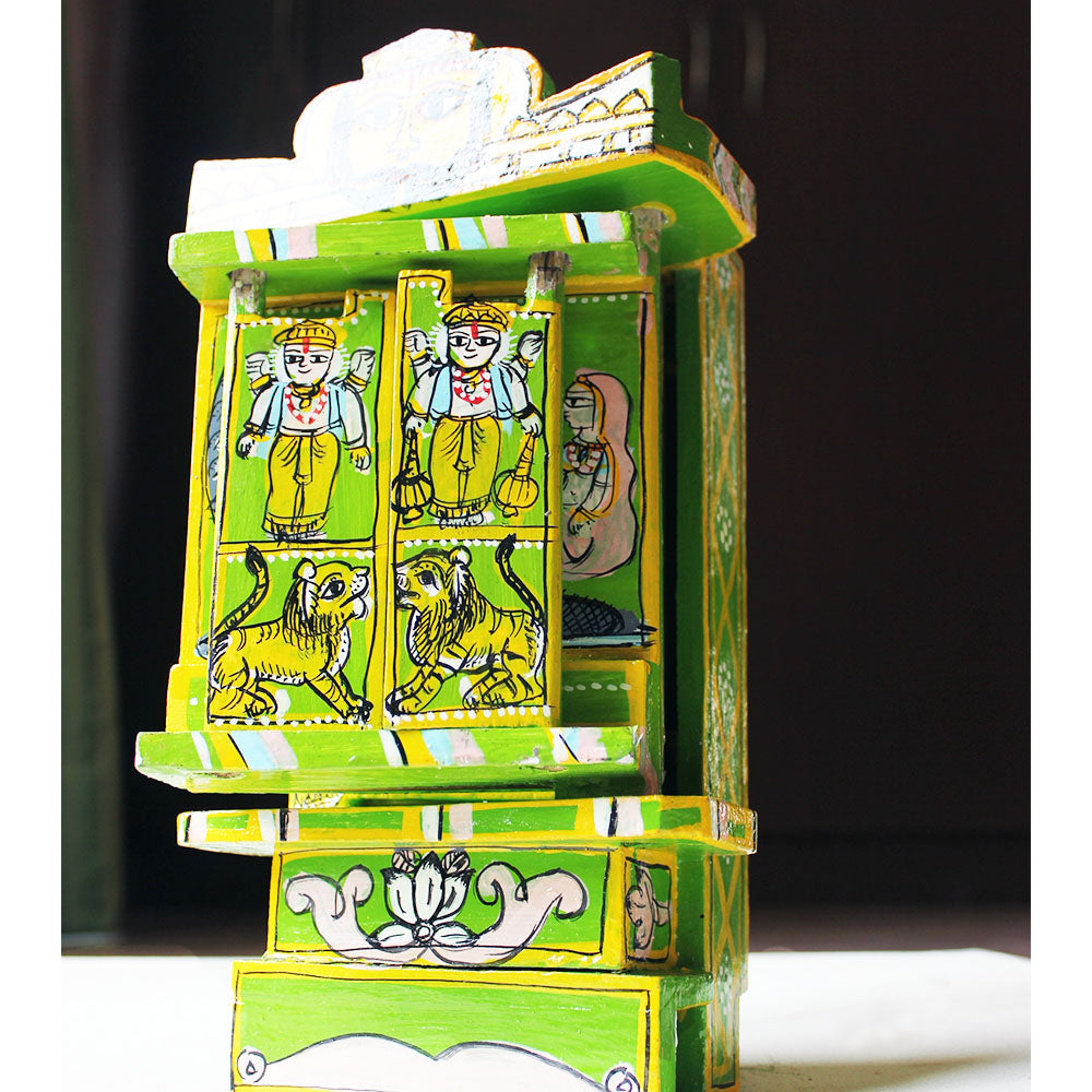 The Green Kavaad. Wooden 500 Year Old Art of Storytelling With Hand Painted Tales from The Ramayan. H 30cm x W10cm x D17cm