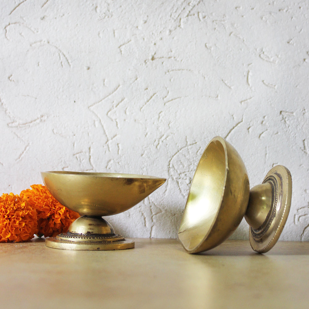 Pair Of Handcrafted Brass Lamps | Diyas With A Teardrop Design - L 9 cm x W 8 cm x Ht 5 cm