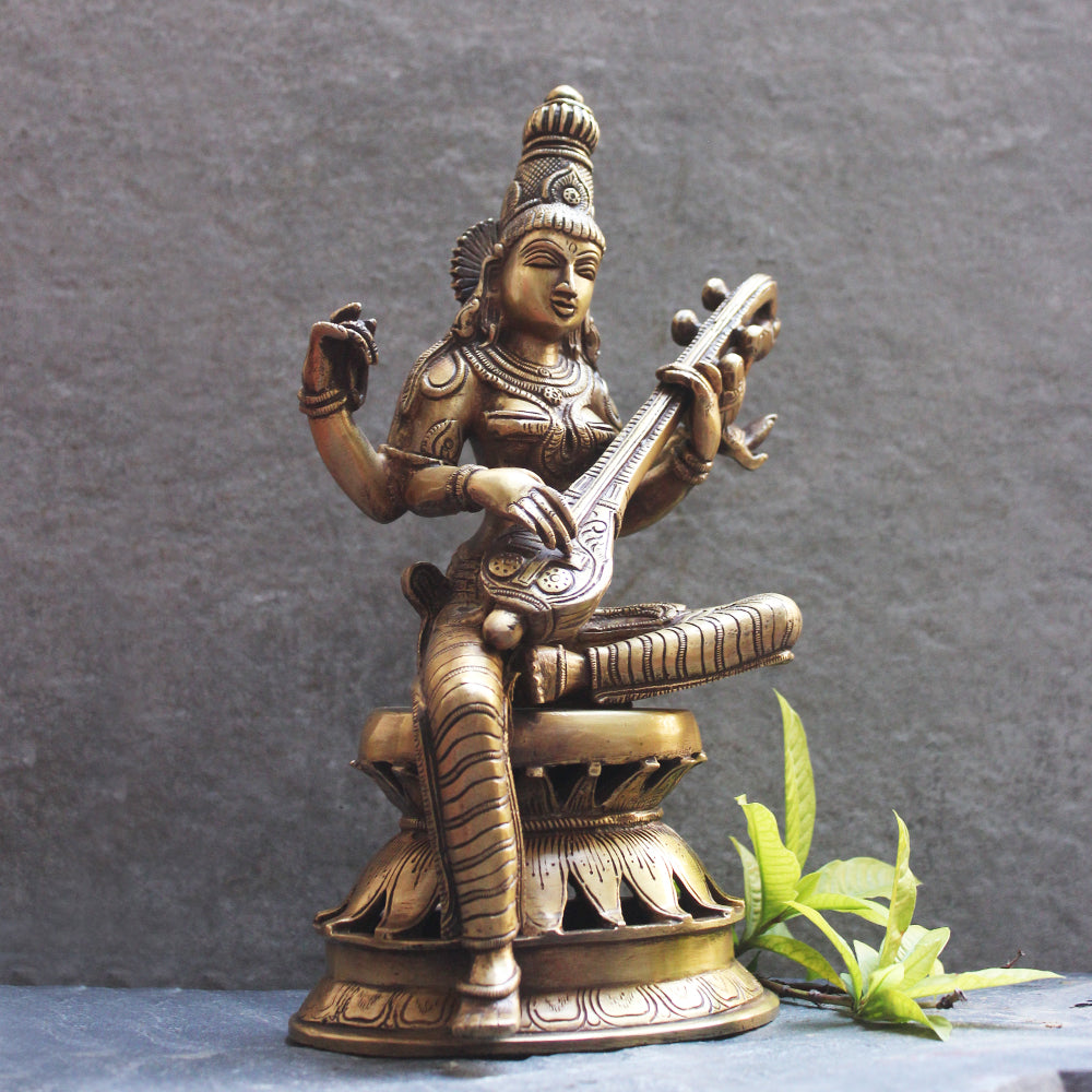 Saraswati - Indian Goddess Of Music, Art & Learning. Ht 32 cm x W 20 x D 16 cm