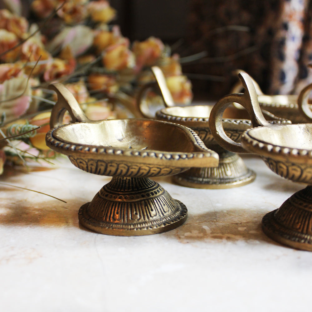 Set Of 6 Vintage Brass Heart Shaped Oil Lamps | Diyas - L11 cm x W 7 cm x H 7 cm