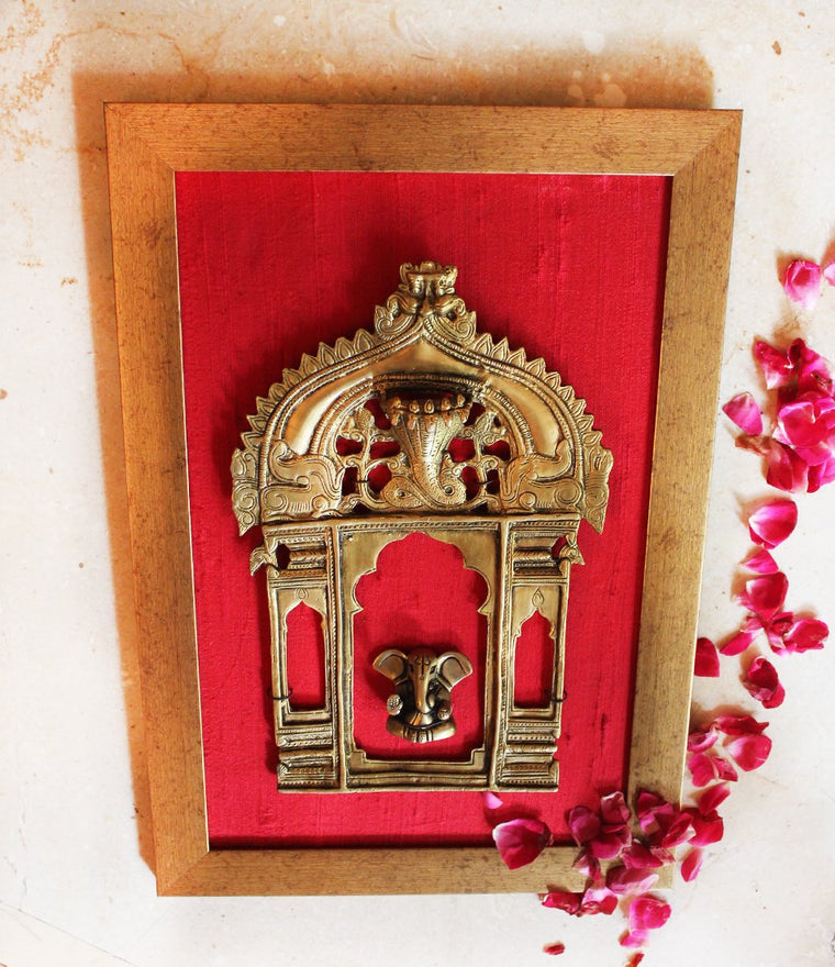 Vintage Brass Temple Frame | Prabhavali With The Mythical Yali & Lord Ganesha - H 38 cm x W 26 cm
