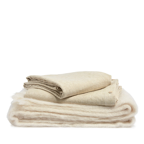Linen pillow case wheat