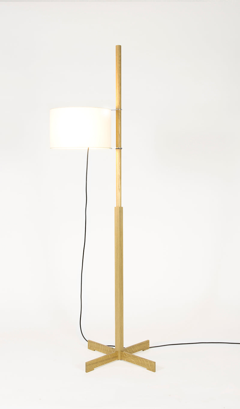TMM floor lamp natural oak