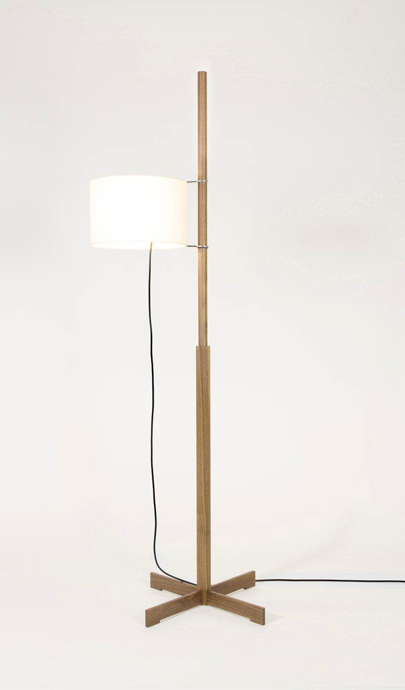 TMM floor lamp walnut
