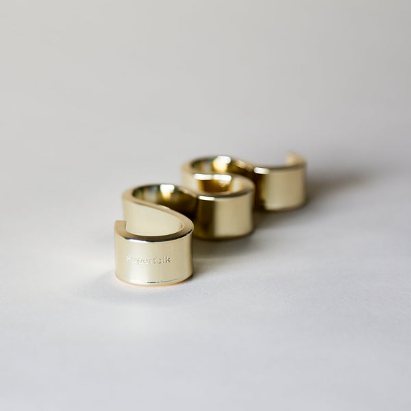 brass-meander-candle-holder-small-superfolk-detail