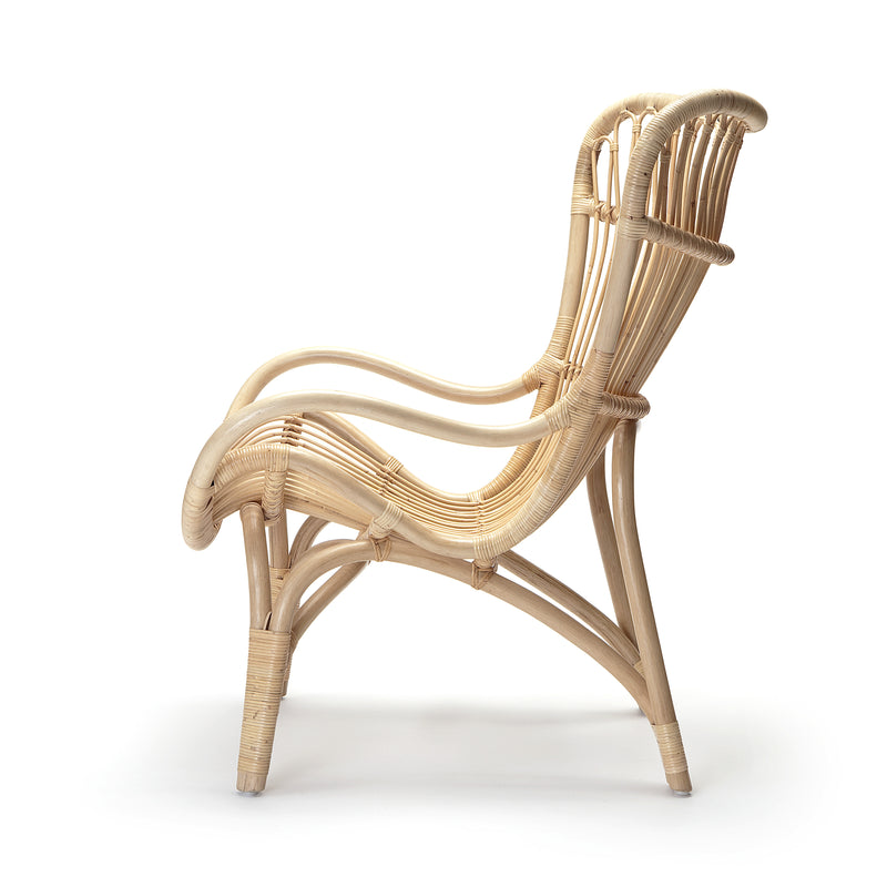 rattan c110 lounge chair
