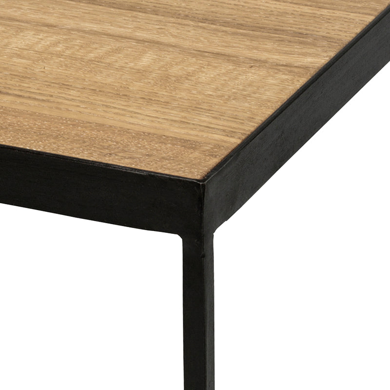 Oak wood table Mae