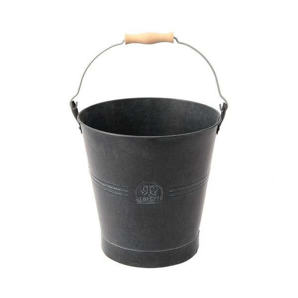 Set metal buckets