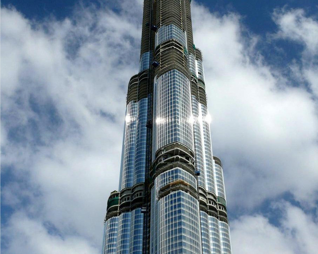 4 BED LUXURIOUS PENTHOUSE FOR SALE IN BURJ KHALIFA DUBAI