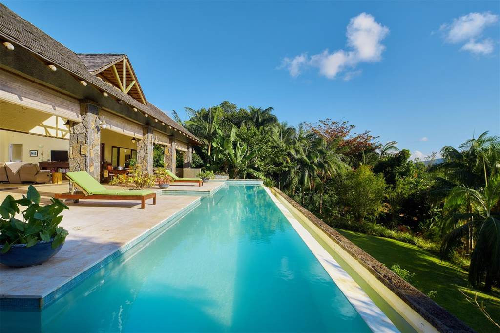 2 Beautiful Homes Chamarel, Black River Mauritius
