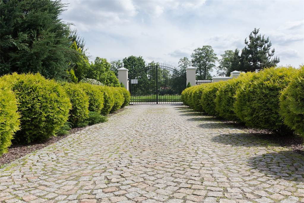 4 Bed Luxurious Residence, Warsaw, Poland