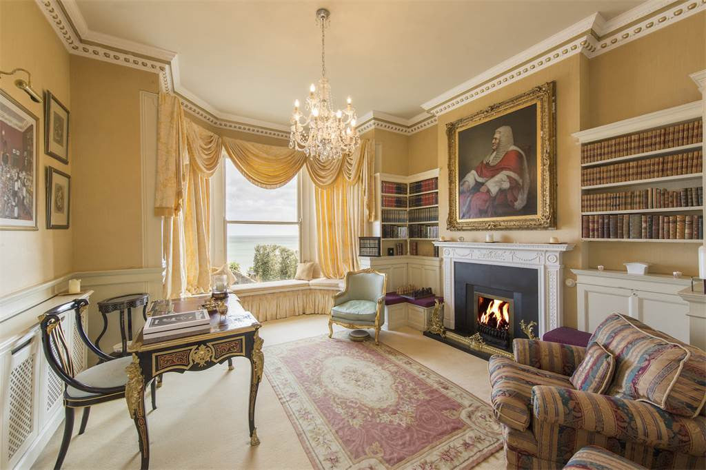 6 Bed Castellated Home, Leinster, Dublin