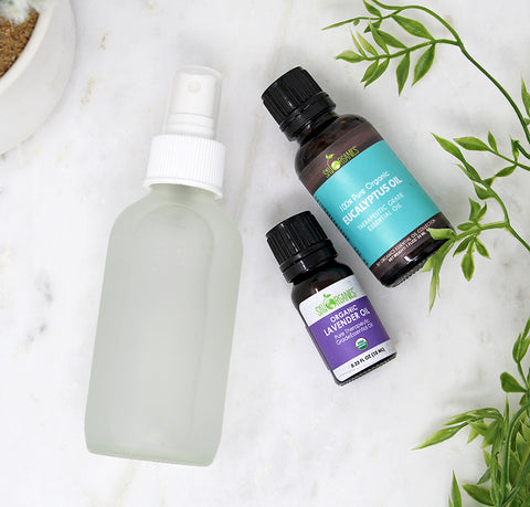 DIY Refreshing Linen Mist (Only 4 Ingredients!)