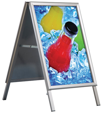 DittaDisplay Retail solutions panneau troittoir stop display double chevalet publicitaire aluminium Bürgersteigschild Haltestellendisplay doppelte Aluminium-Werbetafel pavement sign stop display double aluminium advertising easel