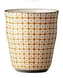 carla square pattern cup orange with black rim