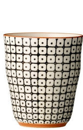 carla square pattern cup black with orange rim