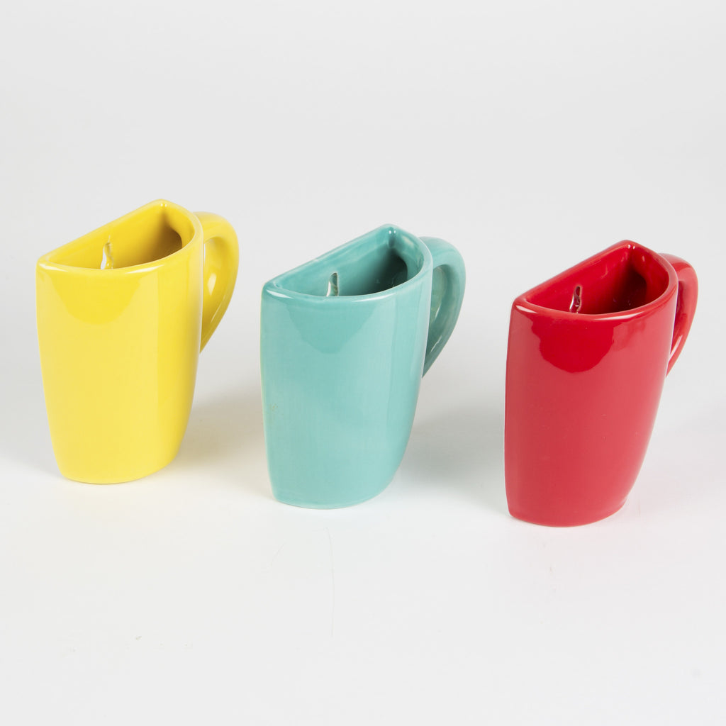 wall mounted mug vase in blue/yellow/red