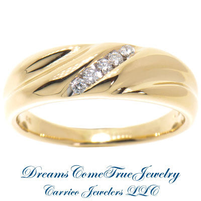 0.25 CTW 5 Diamond Mens Diamond 14K Yellow Gold Band