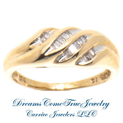 10K Yellow Gold Ladies 0.20 ctw Diamond Ring